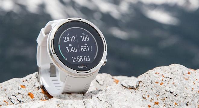 一周新鲜装备资讯   颂拓的新手表续航达120小时 优衣库或花300000000美元挖费德勒