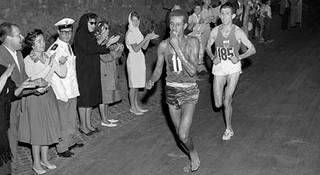 光脚不怕穿鞋的?—马拉松世界纪录那点事儿