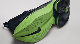 Nike Alphafly:新的风暴已经出现
