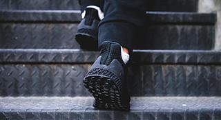 Weekly Gear |  近看adidas 3D Runner 这双炒至3000美元的跑鞋