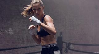 新品 | UA推出内衣新品,也开始关注起运动女性的胸部
