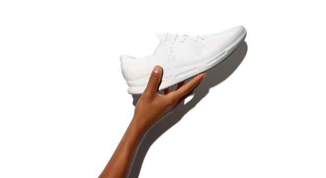 一双你永远无法拥有的跑鞋