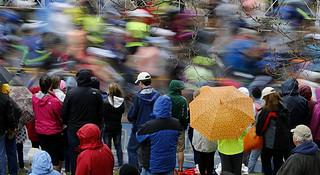 波士顿梦想   第119届波士顿马拉松的11个瞬间