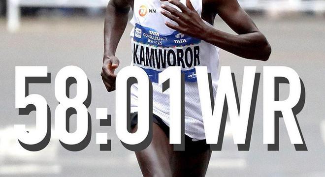 58分01秒 半程马拉松新纪录 | 跑圈十件事
