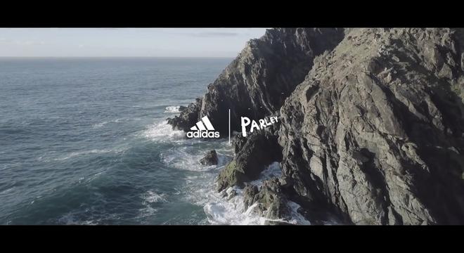 燃烧新快报 | Adidas 搞了一个为海洋奔跑的活动
