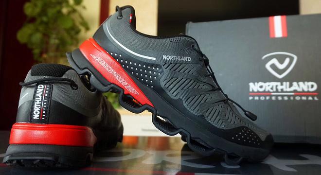 【评测】十八岁的诺诗兰,我敬你是条汉子-- Northland SKY1.0多路面跑鞋试跑