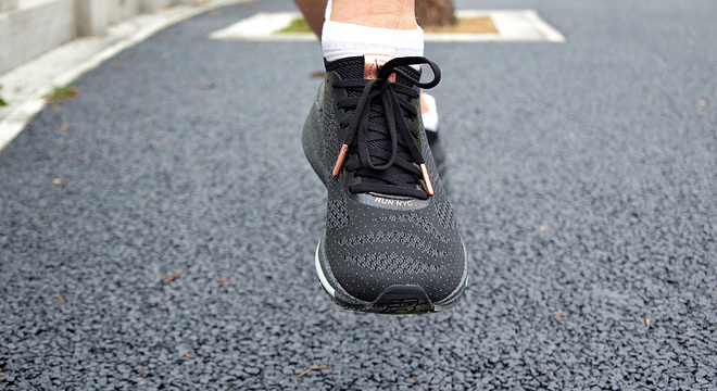 轻盈舒适,竞速首选—— NEW BALANCE FUEL CELL IMPULSE NYC MARATHON评测