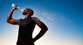 24小时动力不停歇,运动饮料见证你的最佳表现