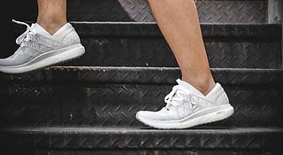 开箱 | Floatride定位功能跑鞋 锐步复古也会玩新潮