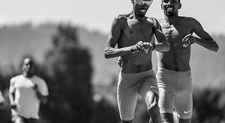 """跑步时不同部位的肌肉是如何""""工作""""的"""