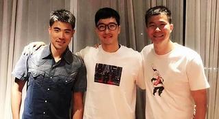 谢文骏,你怎么穿着刘翔的衣服?