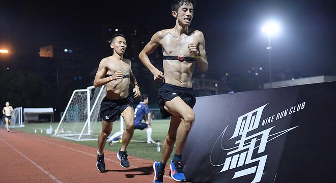 知乎问答 | Nike zoom streak lt 4 好还是 streak 6 好?