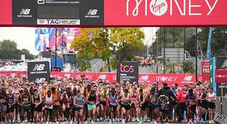2:17:43&2:04:01|杰普科斯盖&莱马斩获伦敦马拉松赛男女子冠军
