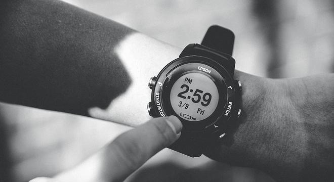 手表 |  Epson爱普生 ProSense X-100深度评测(二):续航,心率,高度表现如何?
