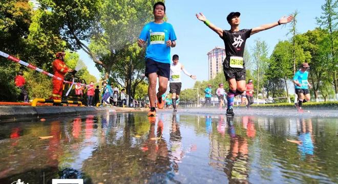 2019翡翠天元宜兴国际马拉松纪录视频:回到宜马,回到那个盎然春日
