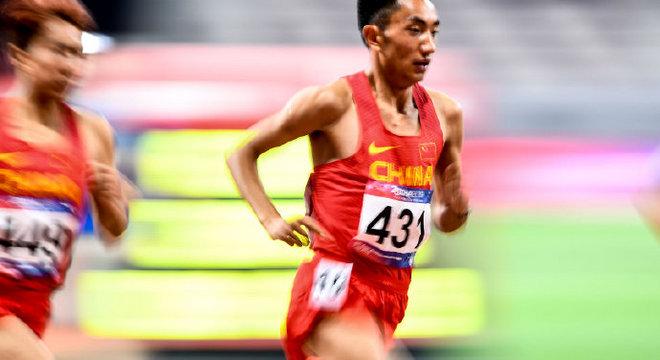 田径亚锦赛万米 多布杰亚洲第五丨跑圈十件事