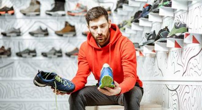 如何判断跑鞋合不合脚?