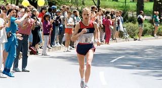 纽约马拉松 | 纽马女神韦茨:九度夺冠,三破世界纪录