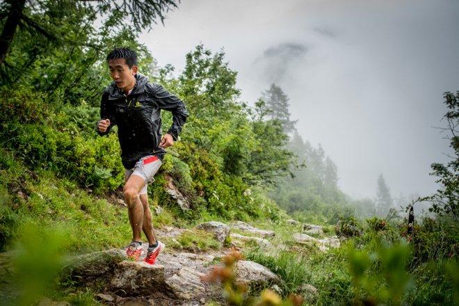 中国跑者 | 从女队陪练到山野之王—港百新科冠军闫龙飞