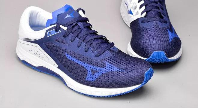 跑鞋 | 兼具速度与稳定 Mizuno Wave Sonic深度测评