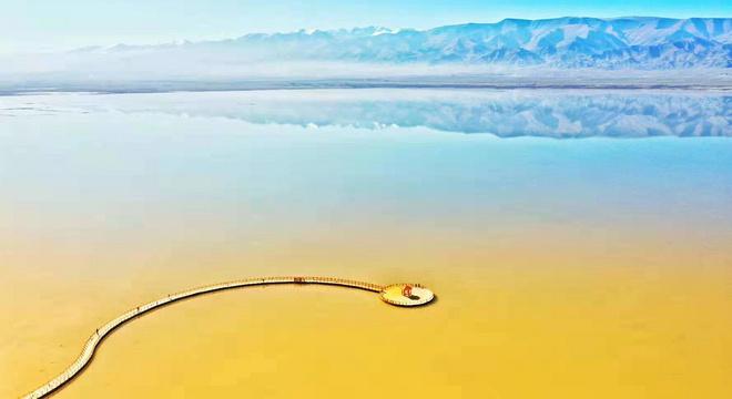 先穿胡杨林  再转幻彩湖——新疆伊吾胡杨林与幻彩湖两日两马赛记