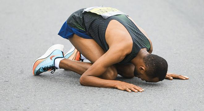 迪拜马拉松 巨额奖金催生的梦想之路