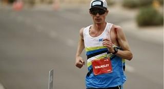 HOKA ONE ONE精英运动员吉米-沃姆斯利打破100公里跑美国纪录