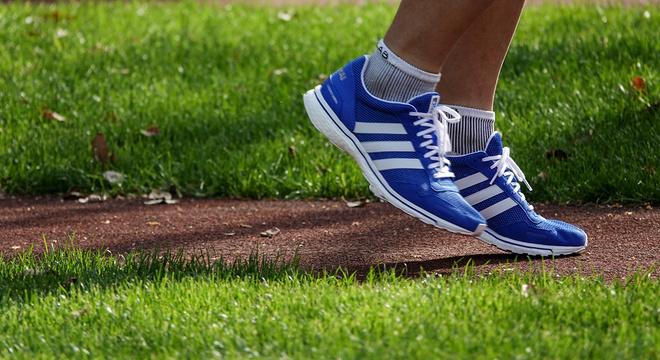 跑鞋 | adidas adizero adios 3 2018上海半马限定版 赛场上的蓝色风暴