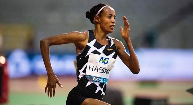 1小时18930米 进击的中长跑女皇 西凡·哈桑