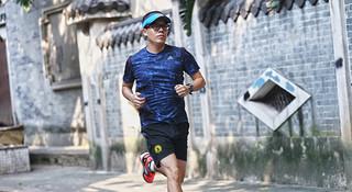 用跑步,回归正常的生活—跑者星爷