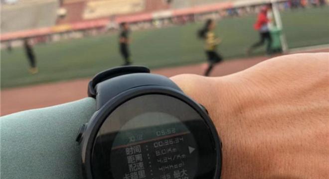 李子成说:没有练过轻松跑,再怎么跑都不会轻松!