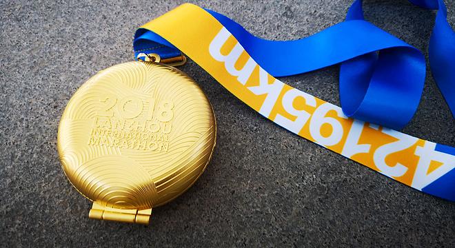 赛道速读 | 兰马邱旺东何引丽分获国内男女冠军 大五朝台经历极端天气