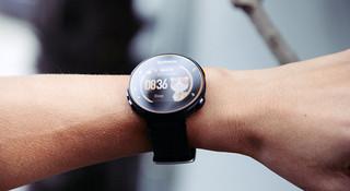手表 | Garmin Forerunner 235 表里表外
