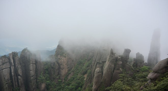三清山 | 在1800米的长空栈道越野是怎样一种体验?