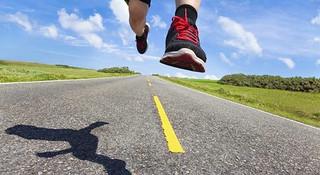从0到5公里,程序猿变身极客跑者指南【6】跑步时的吃喝及物品携带